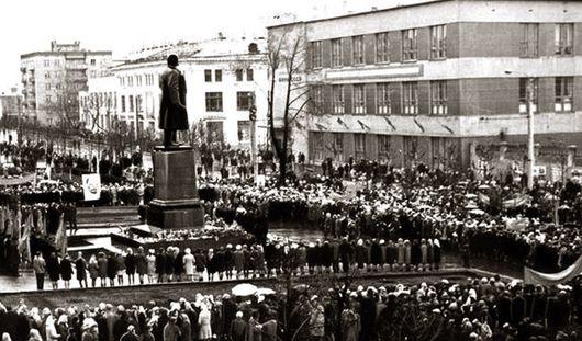 90 лет со дня смерти Ленина: как Ильич связан с Ижевском?