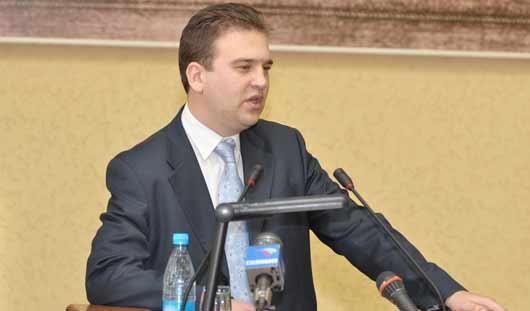 Михаил Тарасов рассказал, когда ижевским подрядчикам «предъявят» за плохие дороги