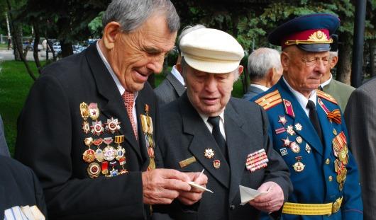 Жители Удмуртии смогут бесплатно поздравить ветеранов по почте