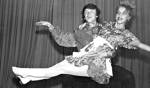 Фотофакт: глава Ижевска поздравил горожан с Днем танца
