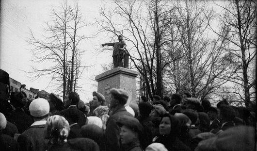 80 лет назад в Ижевске был открыт памятник Ивану Пастухову