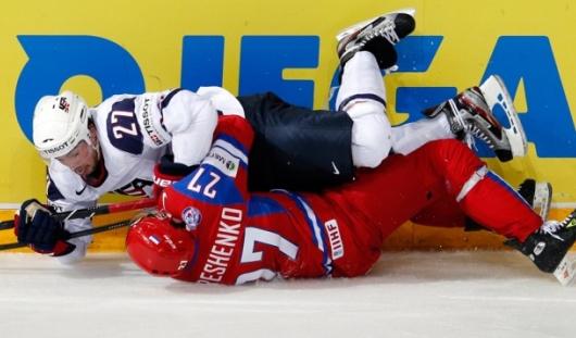 Хоккеисты США разгромили российскую сборную в четвертьфинале со счетом 8:3