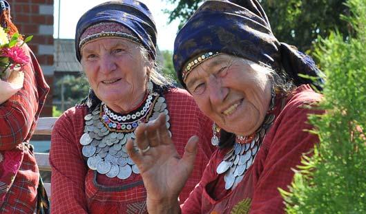Первый в истории Удмуртии День бабушки отметят в гостях у «Бурановских бабушек»