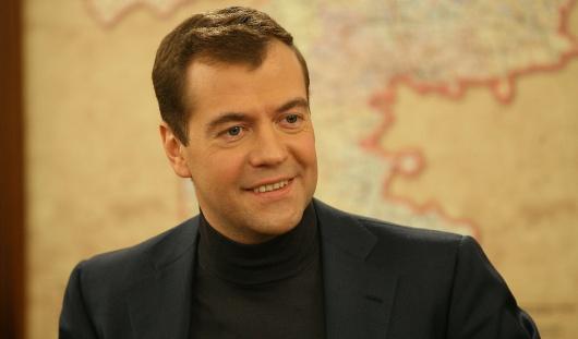 Премьер России Дмитрий Медведев не считает обращение  «Димон» оскорбительным