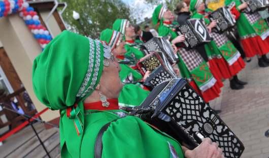 В Удмуртии в селе Бураново отметили День бабушки