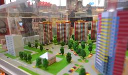 Настоящее шоу устроила компания «КОМОС-Строй» на ХIV Международной строительной выставке