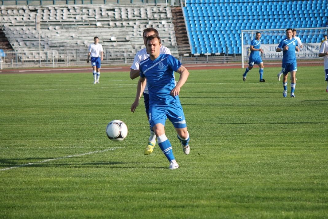 Футболисты Ижевска проиграли тольяттинскому ФК со счётом 3:1