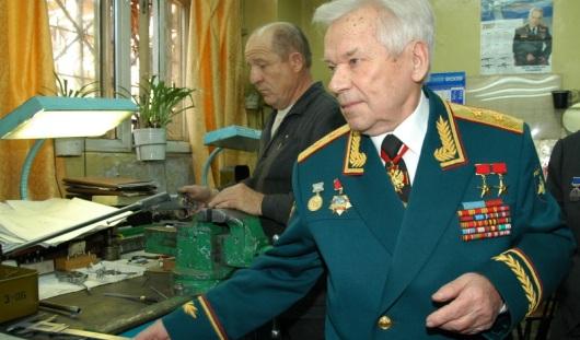 Михаил Калашников попал в реанимацию