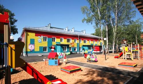 Фотофакт: дошколята Удмуртии получили новый яркий детский сад