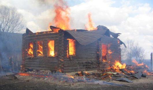 В Удмуртии из-за короткого замыкания сгорел частный дом