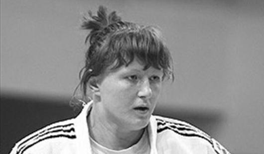 Известная дзюдоистка Елена Иващенко выбросилась с 15 этажа