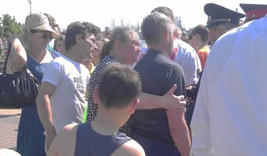 В Ижевске во время празднования Дня города мужчина бросился в пруд