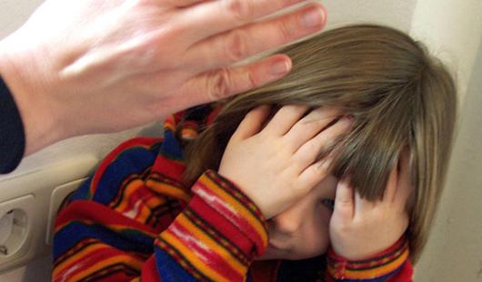 В Удмуртии отец, избивший 1,5-годовалую дочку, проведет 3 года в колонии