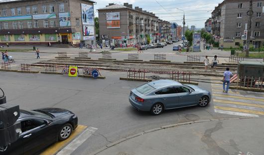 Улицу Красноармейскую в Ижевске перекрыли из-за ремонта трамвайных путей
