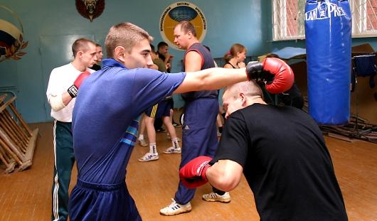 В Ижевске установят скульптуру юного боксера
