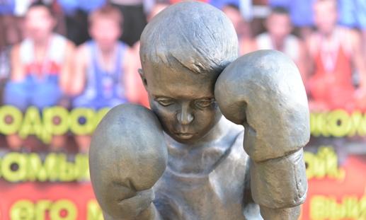 Памятник боксеру и Ижевск велосипедный: о чем этим утром говорят в городе