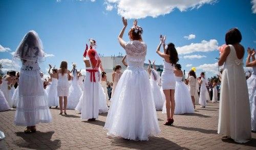 Фотофакт: в Ижевске прошел Марафон невест