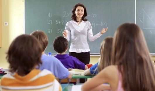 Педагоги ижевской гимназии выступили за введение формы для учителей