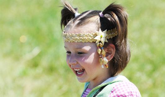На «Гербере» в Удмуртии прошел конкурс косарей, конные скачки, стрельба из лука и борьба