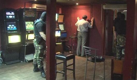 Подпольный игровой клуб в Ижевске закрыли по жалобе горожан