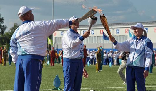 Фонтан  на стадионе и огонь Универсиады: в Удмуртии состоялось открытие сельских игр