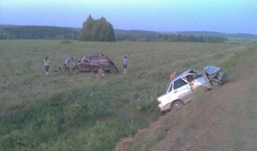 В Удмуртии в аварию попали 3 легковушки