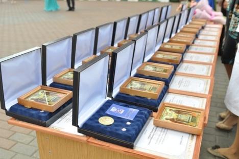 70 ижевским семьям вручили награды «За любовь и верность»