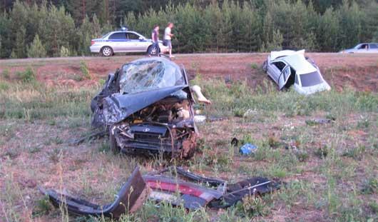 Происшествия недели: авария с отдыхающими и новый поджог авто в Ижевске