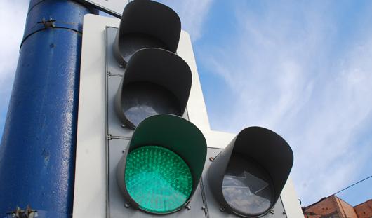 На перекрестке у «Реала» в Ижевске заработали «стрелки» на светофорах