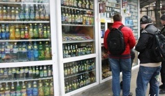 Уже третий продавец попался на продаже алкоголя детям в Ижевске