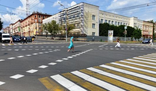 Новую разметку для пешеходов на одном из перекрестков Ижевска перерисуют