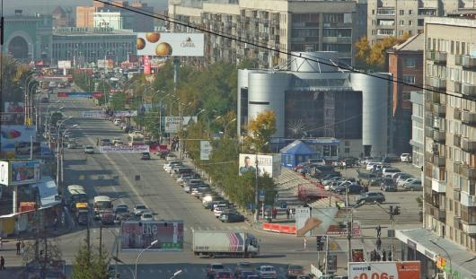 В Новосибирске владелец «лексуса» насмерть избил пешехода
