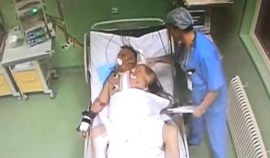Пермский врач, избивший привязанного к койке пациента, признал свою вину