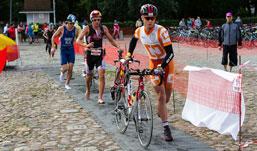 Ижевчанин вошел в число сильнейших спортсменов России по триатлону