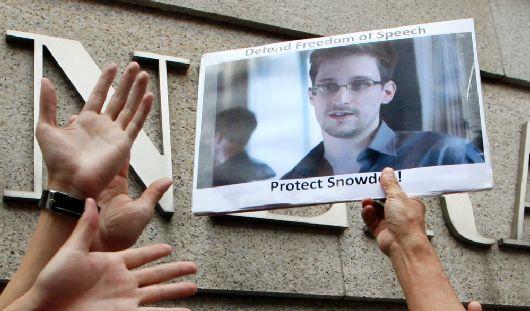 Основатель «Вконтакте» предложил Эдварду Сноудену работу