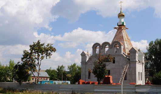 Фотофакт: в Бураново продолжается строительство храма Святой Троицы