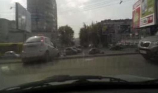 После погони ижевские полицейские задержали таксиста