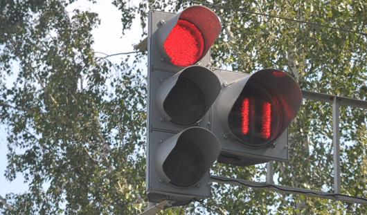 Два новых светофора заработают в Ижевске до конца августа