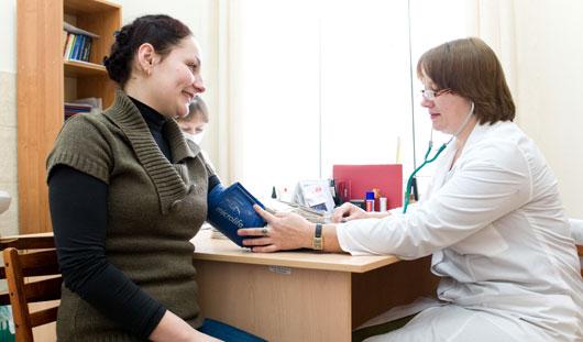 За пять лет средняя зарплата врачей Удмуртии вырастет до 62 тысяч рублей