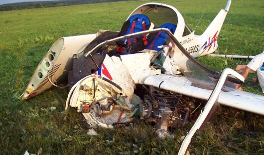Пилоту, который пострадал при посадке самолета под Ижевском, могли ампутировать ногу