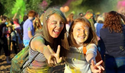 Фотофакт: фестиваль индийских красок Холи впервые прошел в Ижевске