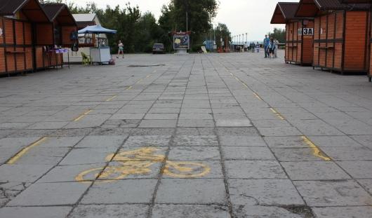 «Самодельную» велодорожку на Центральной площади Ижевска сотрут