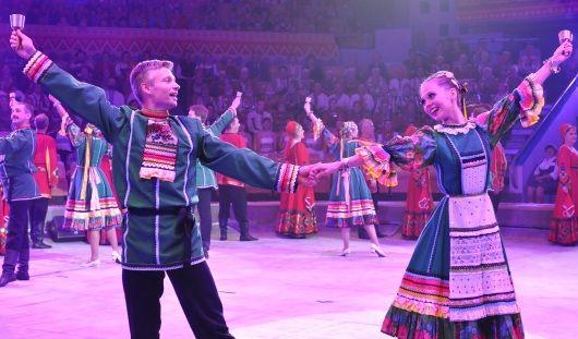 Первый «Бурановский фестиваль» в Удмуртии закрыли песней на нескольких языках