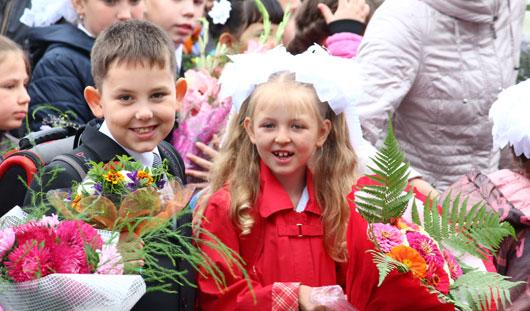 Новый учебный год в гимназии №6 Ижевска открыл Глава города