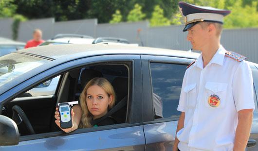 Ижевским водителям, лишенным прав за езду в пьяном виде, вернут документы досрочно