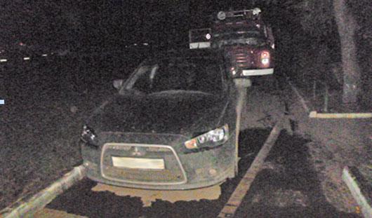 Ижевчанин погиб при пожаре из-за припаркованного во дворе авто