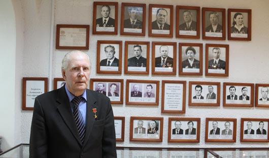 Ижевчанин Виктор Ионов: Калашникову орден Ленина дали за идею, а мне - за технологию