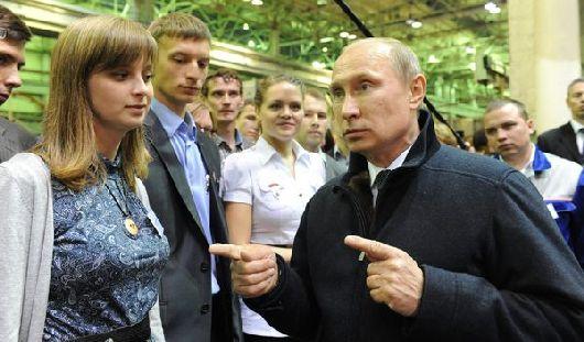Путин обещал перепроверить зарплаты рабочих «Ижмаша»