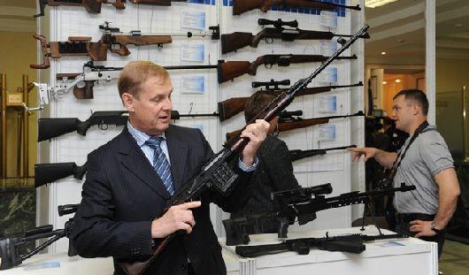 Более 30 образцов современного оружия производства Концерна «Калашников» выставили в Ижевске