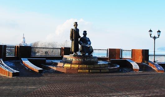 Первые лица государства и республики поздравили жителей Удмуртии с Днем оружейника!